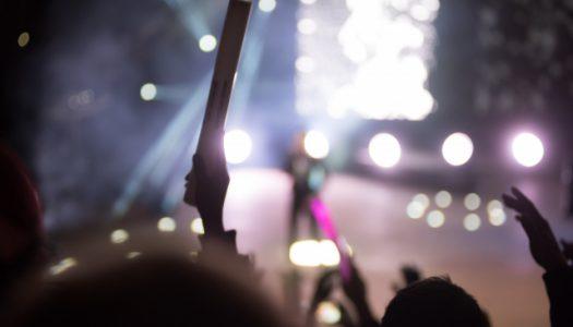 コンサート・ライブ・握手会への祝花・スタンド花の贈り方